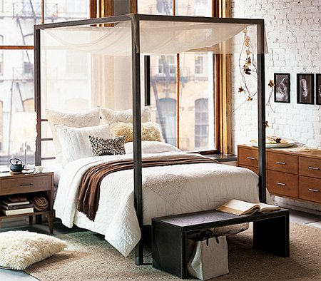 The-canopy-beds1