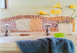 Making a mosaic basin splashback